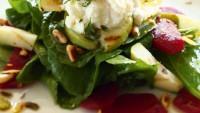 Antepfıstıklı ve Naneli Armut Salatası
