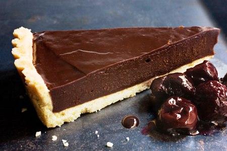 Bitter Çikolatalı Tart