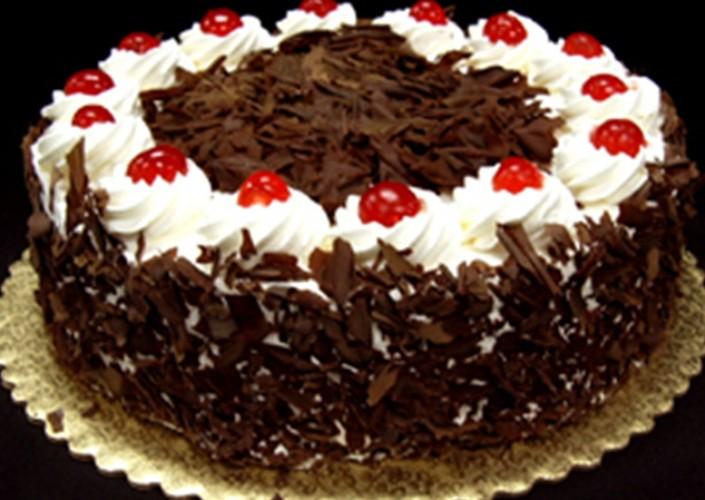 Kara Orman Pastası Tarifi