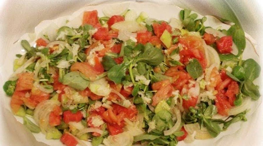 Soslu Semizotu Salatası Tarifi