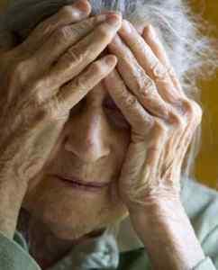 Alzheimer Ailede Varise Önlem Alalım