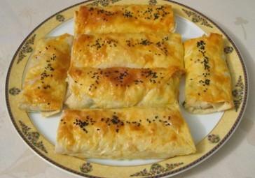 Gravyer Peynirli Dilber Böreği