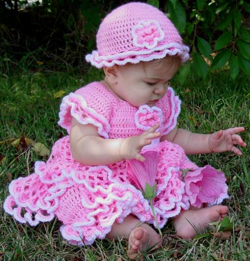 kız bebek elbise takımları