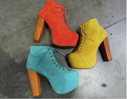 kalın tahta topuklu ayakkabılar