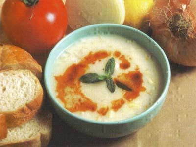 Soğanlı Şehriye Çorbası