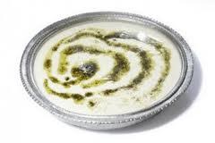 Yoğurt ve Salatalıklı Soğuk Çorba