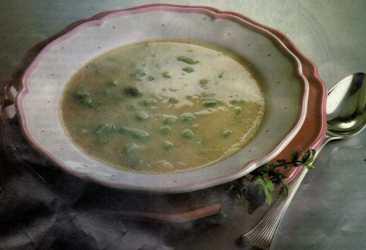 Taze Fasulyeli İrmik Çorbası