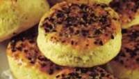 Tereyağlı ve Baharatlı Çörek