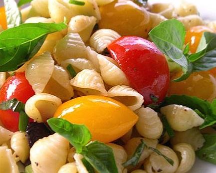 Tüp Makarna Salatası
