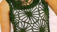 Yeşil Renkli Kolsuz File Çiçek Motifli Bluz